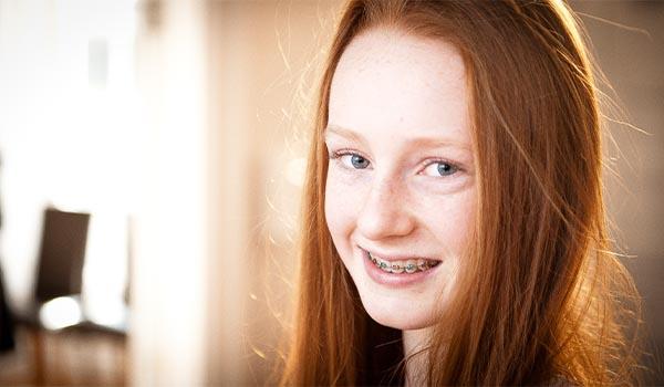 Teen-Traditional-braces-clontarf-orthodontics